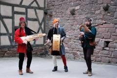 ménestrels pendant un concert médiéval