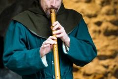 troubadour jouant de la chalemie