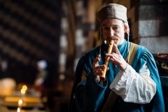 ménestrel jouant de la flûte